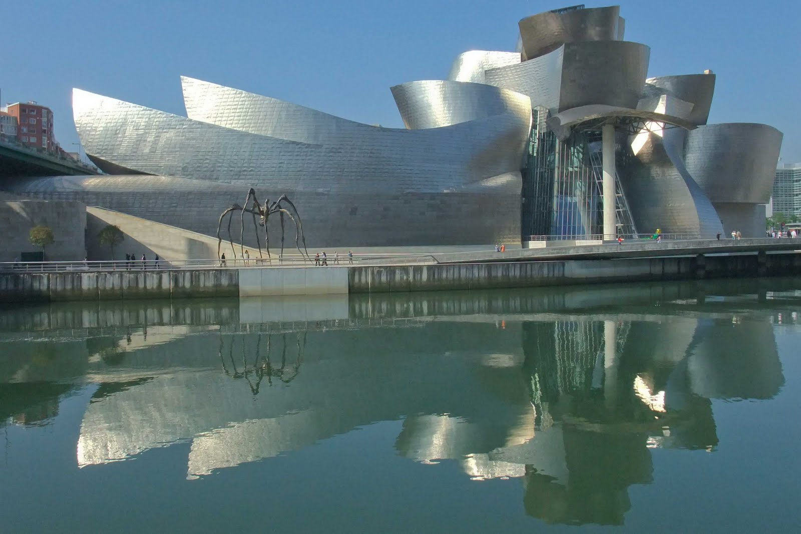 Guggenheim museum bilbao spain aeworldmap com over 2 400 posts - Steel framing espana ...