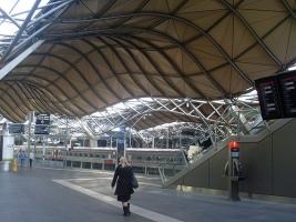pict 5 - station merbourne