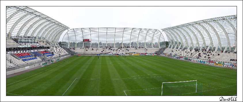 http://aedesign.files.wordpress.com/2010/01/stade-4.jpg