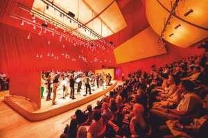 Auditorium-del-Parco-Interior-With-People