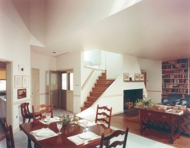 vanna venturi living room