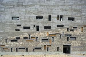 wang-shu-lu-wenyu-ningbo-history-museum-_dezeen_3408_1-1